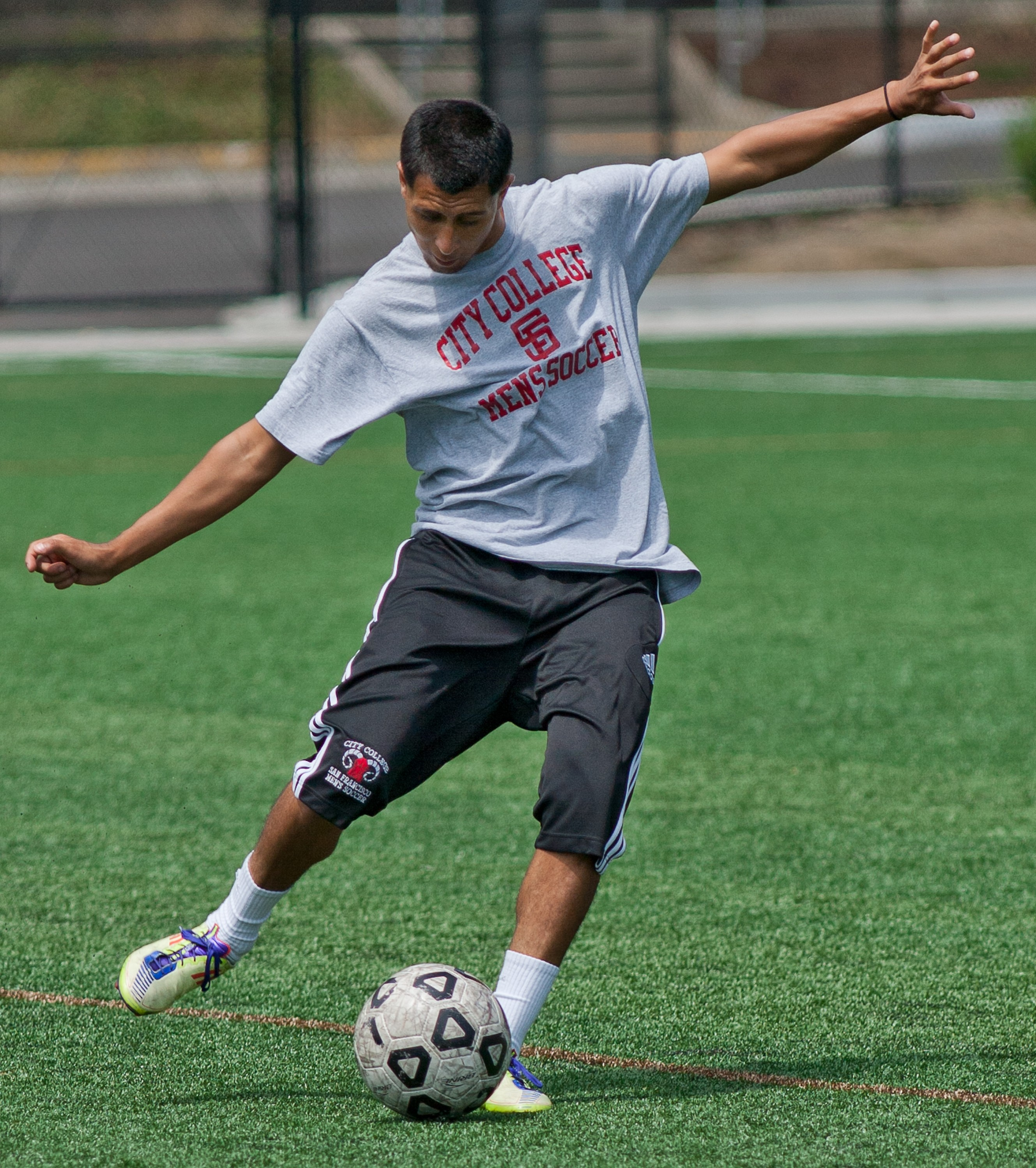 Sophomore midfielder Alfredo Casteneda executes a one touch pass during preseason soccer practice at Ocean Campus on Aug. 13. The men's soccer season begins with an Ocean Campus home scrimmage on Tuesday, Aug. 21, against the Academy of Art at 3:30 p.m. Photo by James Fanucchi/The Guardsman