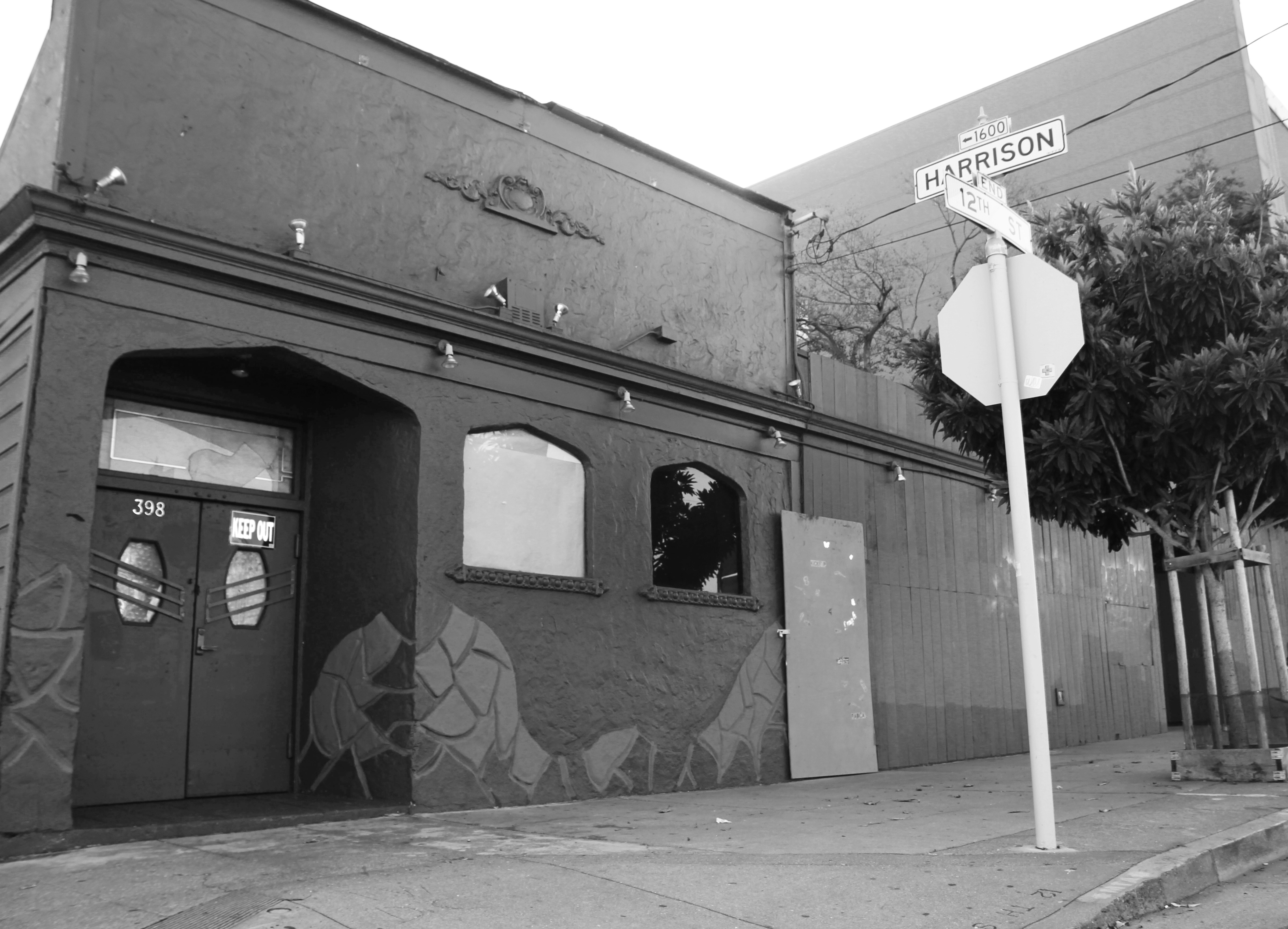 The now vacant Eagle Tavern located at the corner of 12th and Harrison streets awaits new ownership and the possibility of becoming a historic landmark via a petition originated by the Harvey Milk LGBT Democratic Club. Photo taken on Sept. 11, 2012. Photo by Leslie Calderon/The Guardsman.