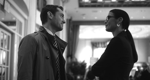"""Jude Law, left, and Catherine Zeta-Jones star in """"Side Effects,"""" directed by Steven Soderbergh, opened on Feb. 8, 2013. (Barry Wetcher/Courtesy Open Road Films/MCT)"""