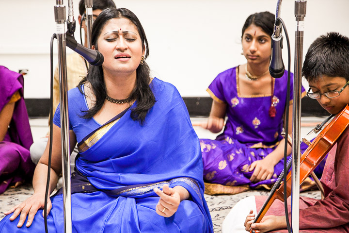 Harini Krishnan Vikas, left, a Bay Area Carnatic vocalist, performs during the South Indian Classical music concert on Ocean campus Nov. 6, 2013. Photo by Santiago Mejia/The Guardsman