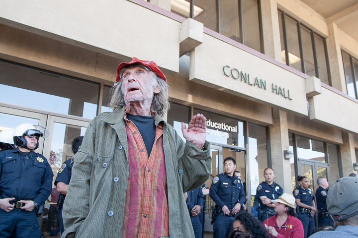 2014-03-13-CCSF-Protest-Rally-Police-Agrella-Santiago-Mejia-The-Guardsman-124