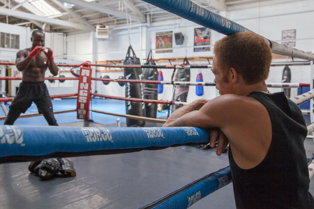 Paris Alexander trains Justin Malachi at Fight and Fitness on Wednesday, Sept. 3 at 123 S Van Ness Avenue. (Photo by Nathaniel Y. Downes)
