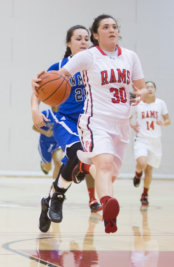 City College Of San Francisco beat San Mateo College 76-50 in Women's Basketball, Jan. 23, 2015 Photo by Khaled Sayed