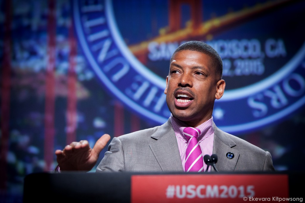 Sacramento Mayor Kevin Johnson, the conference president, speaks to the mayors at the 83rd Annual Meeting of The United States Conference of Mayors in San Francisco on Saturday, June 20, 2015. (Photo by Ekevara Kitpowsong / The Guardsman)