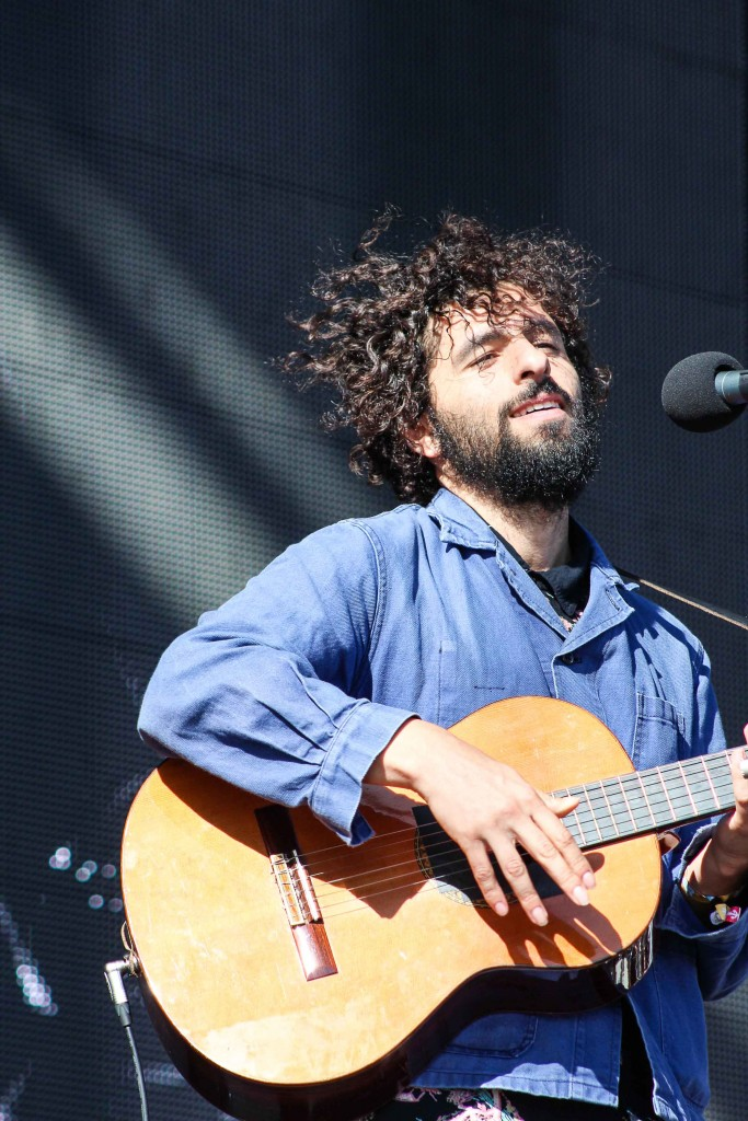 Swedish singer-songwriter José González performs on the Bridge Stage. (Photo by Calindra Revier/The Guardsman)