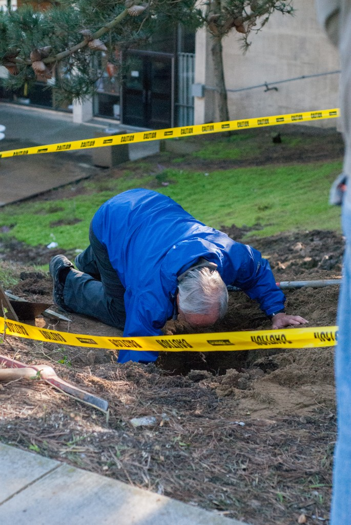 CCSF Building and grounds staff work on fixing the burst pipe that shut down the school at the main campus on Phelan Avenue. Wednesday, Dec. 23, 2015. (Photo by Franchon Smith/The Guardsman)