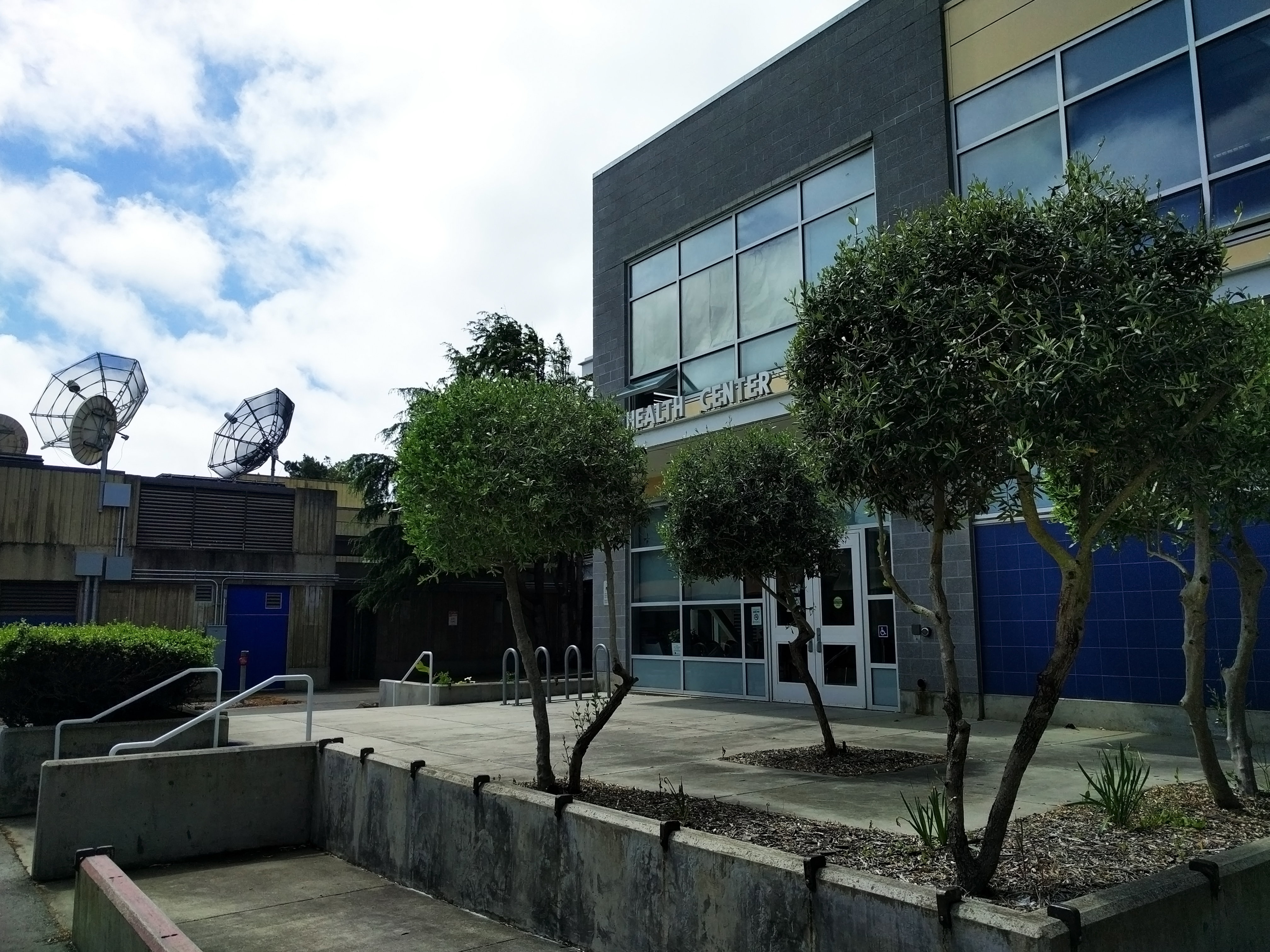 City College Health Center is located next to the Art Extension building on Ocean Campus.  Photo by Elena Stuart