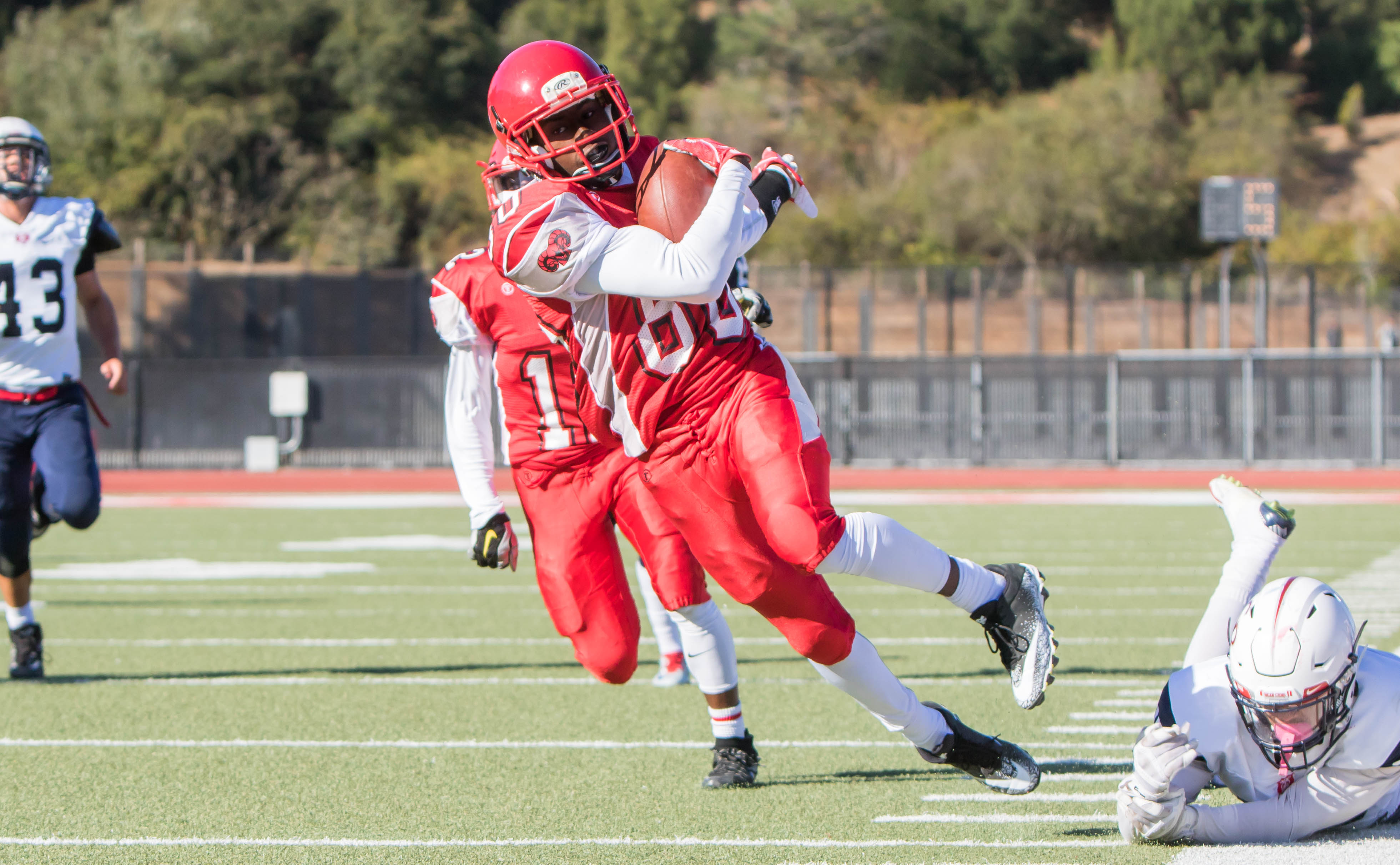 Wide Receiver Tyrek Allen (#88) gallops down the field with the ball after catching a pass on Saturday, Oct. 21, 2017. San Francisco. Photo by Peter Wong.
