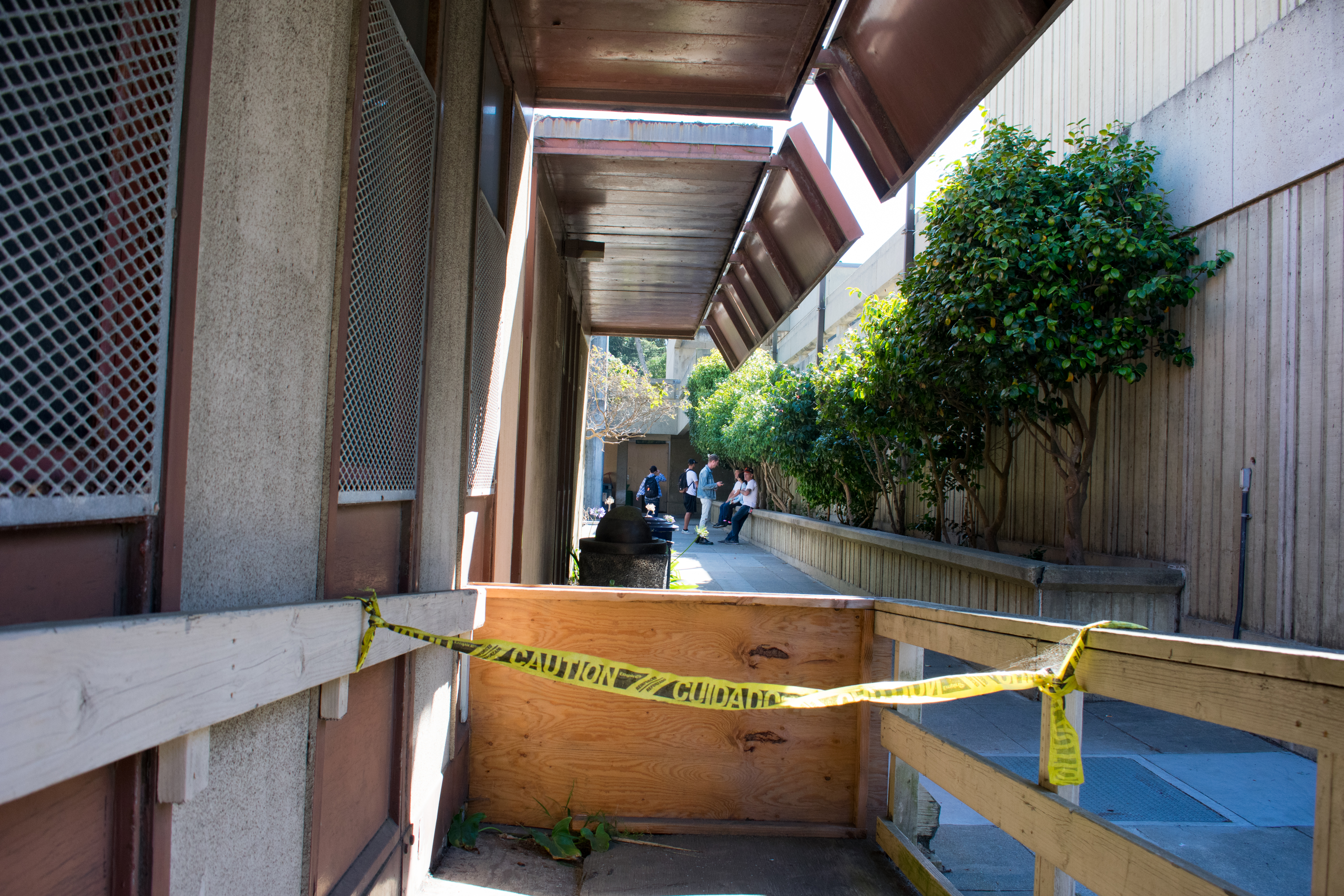 Taped up bungalows are seen scattered around the Arts building. October 7, 2017. Many of the buildings, including the Queer Resource Center have had mold and rodent infestations, San Francisco. (AP Photo / Julia Fuller)