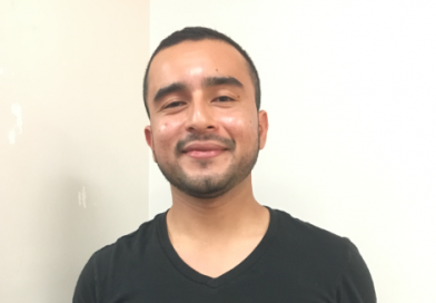 Salvadoran refugee opens poetry world