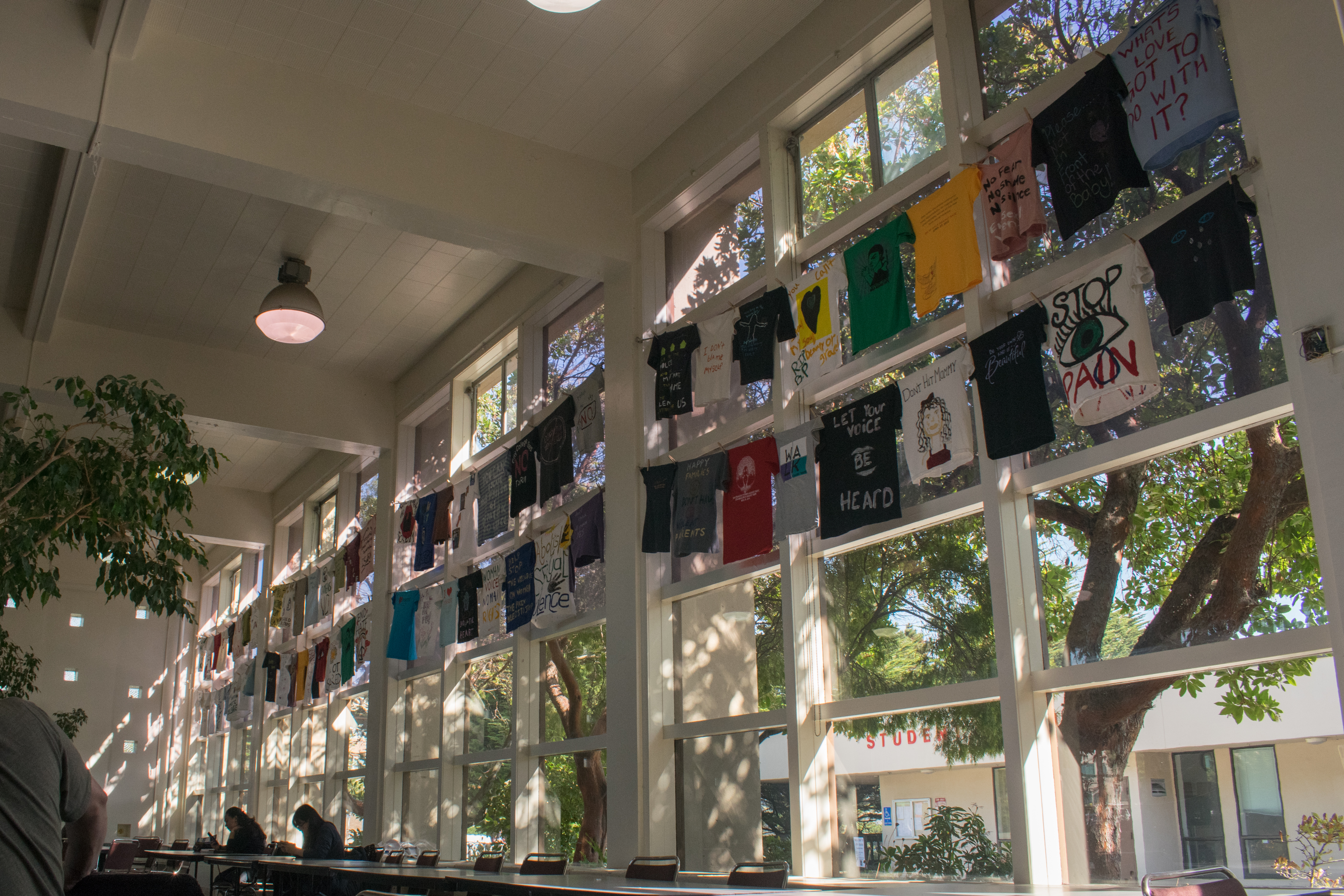 The City College Cafeteria is decorated with 67 shirts advocating against domestic violence. Photo by Sarah Berjan/ the Guardsman.
